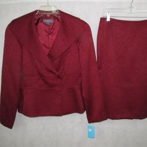 Red Skirt Suit by Liz Claiborne Size 4 Brand New